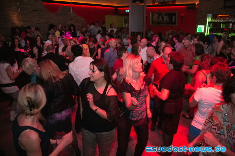 Freilassing singles. Single Party Freilassing