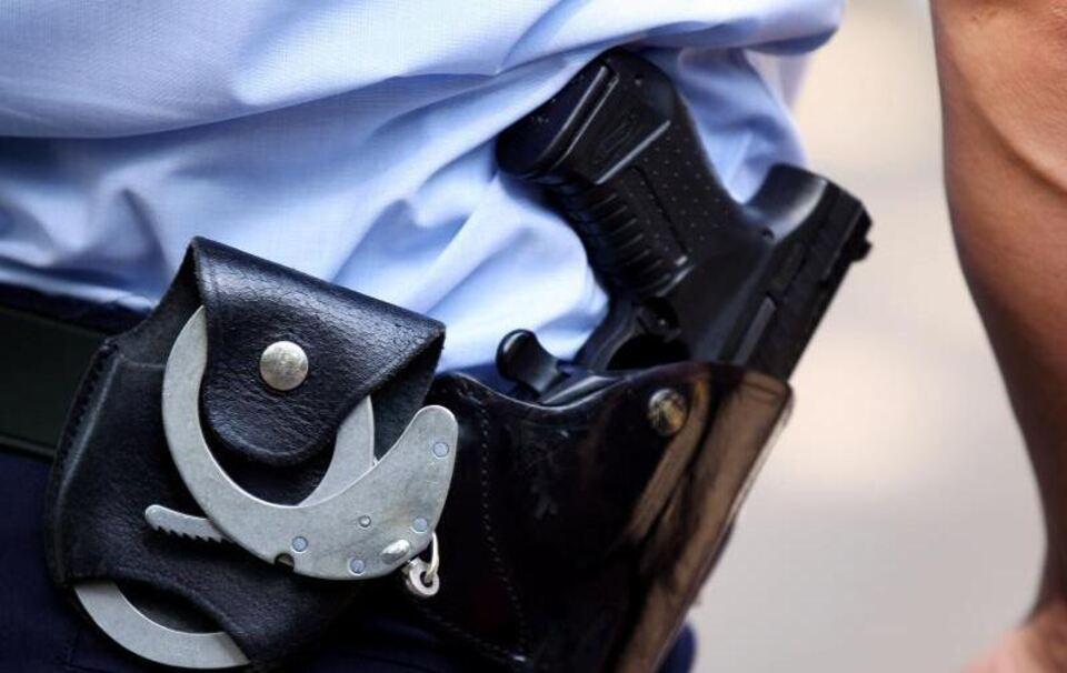 Mann will 17-Jährige vergewaltigen - Polizei stoppt ihn mit Warnschuss
