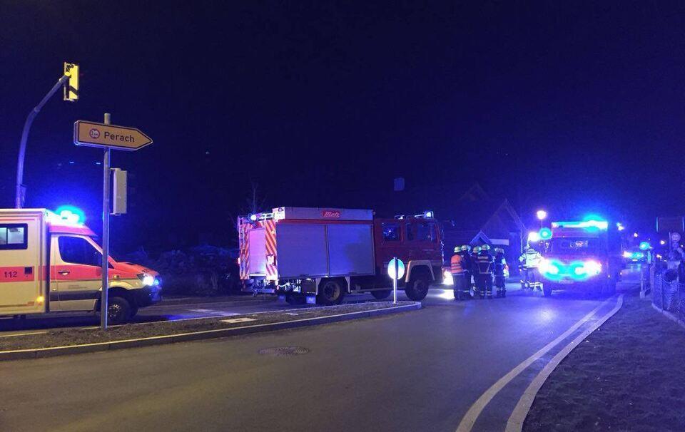 Ainring: Großeinsatz von Rettungsdienst und Feuerwehr in Hallerstraße bei Kohlenmonoxid-Austritt