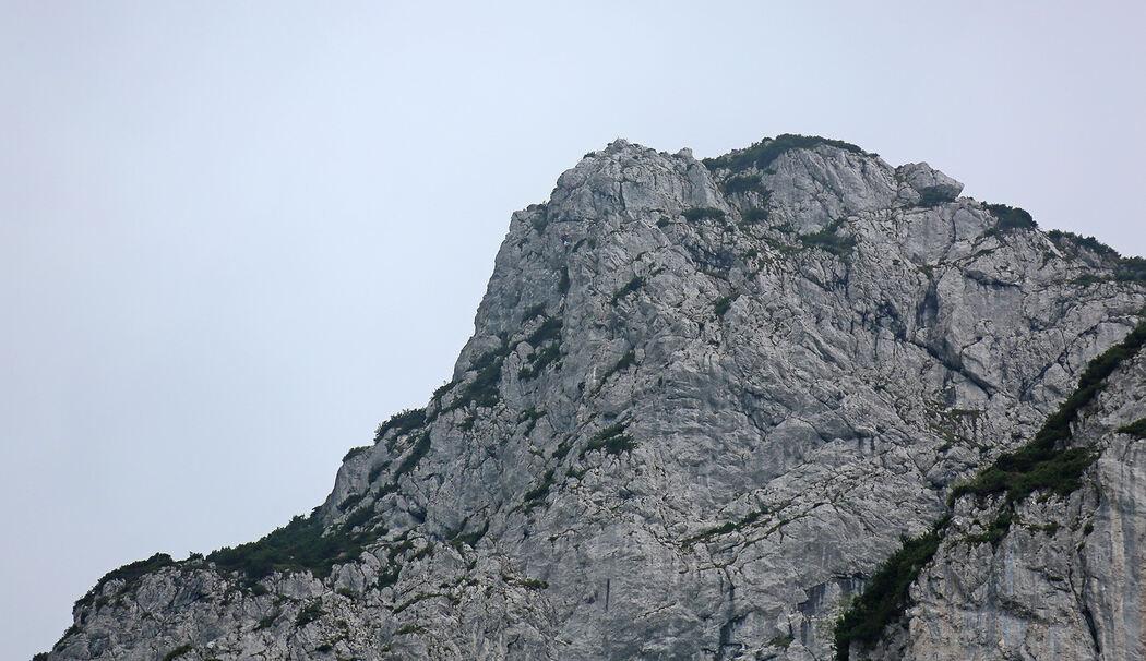 Klettersteig Franken : Bergwachten reichenhall und teisendorf anger retten erschöpfte frau