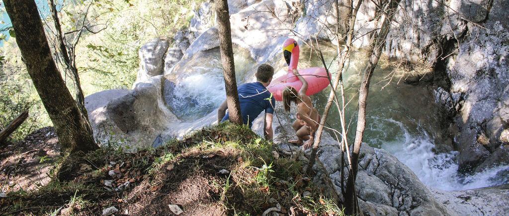 Mit Flip-Flops im Absturzgelände... Immer mehr bringen sich für gute Fotos in Lebensgefahr - Berchtesgadener Anzeiger