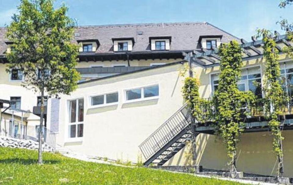 die chiemgau klinik wird erweitert berchtesgadener. Black Bedroom Furniture Sets. Home Design Ideas