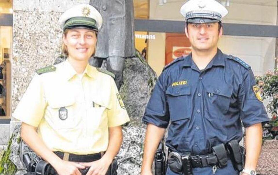 männliche Polizeiuniform